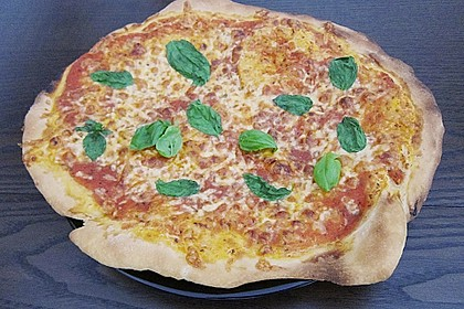Pizza Margherita 6