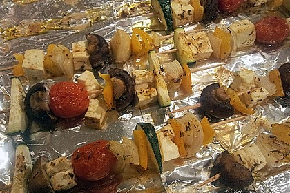 Feta - Gemüse - Grillspieße mit Salbei 9