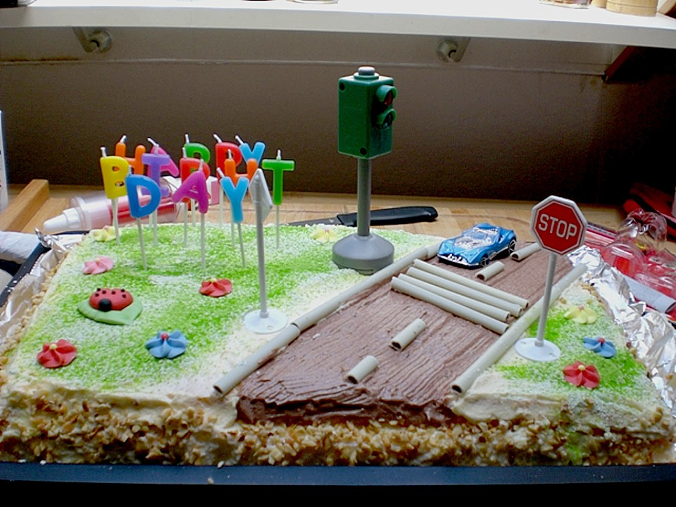 Fuhrerschein Torte Zum 18 Geburtstag Von Cityfield2000 Chefkoch De