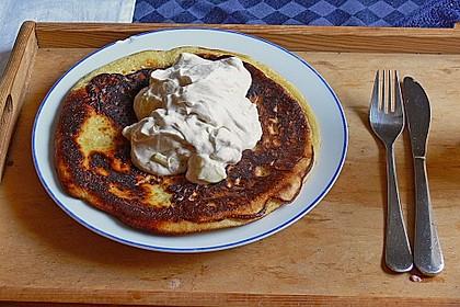 Vollkorn Pancakes mit Apfel-Sahne Quark 1