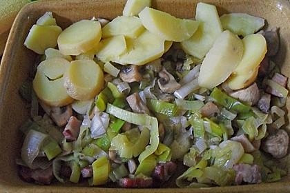 Kartoffelgratin mit Speck und Lauch (Bild)