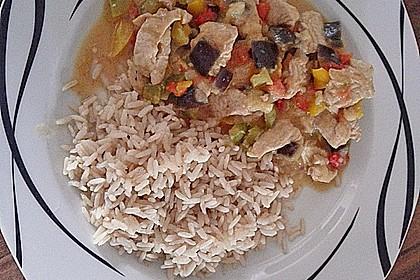 Curry - Reispfanne mit Hühnchen und Gemüse