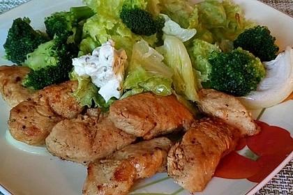 Bunter Salat mit Putenstreifen 4
