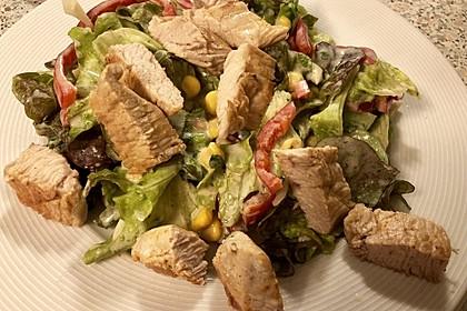 Bunter Salat mit Putenstreifen 7