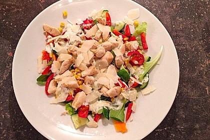 Bunter Salat mit Putenstreifen 23