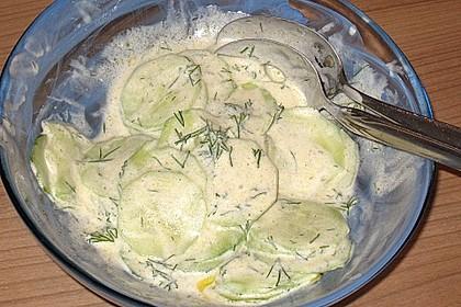 Gurkensalat mit Joghurt 18