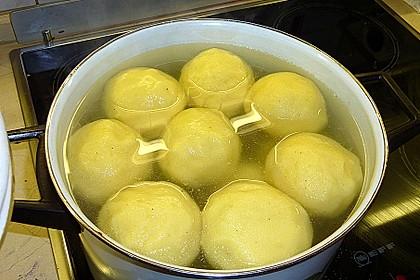 Kartoffelklöße 2