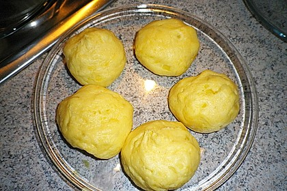 Kartoffelklöße 14