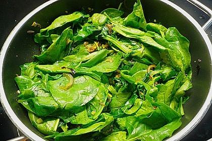 Gebratener Spinat mit Zwiebeln 2