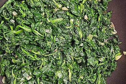 Gebratener Spinat mit Zwiebeln 5