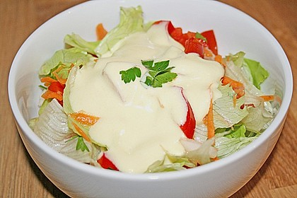 Joghurt - Honig - Senf Salatdressing 1