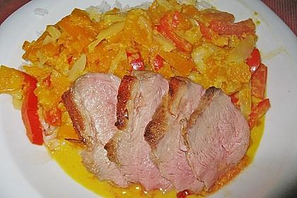 Kürbiscurry mit Paprika und Ente