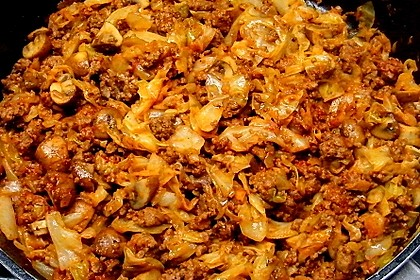 Spitzkohl-Champignon-Hack-Pfanne mit Reis 8