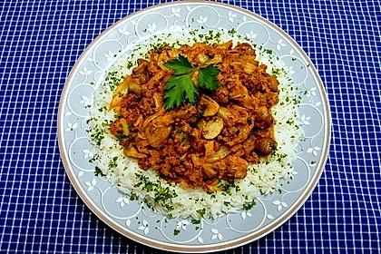 Spitzkohl-Champignon-Hack-Pfanne mit Reis 3