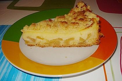 Leichter Apfelkuchen mit Vanillepudding und Streuseln 10