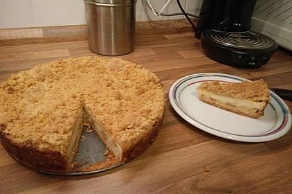 Leichter Apfelkuchen mit Vanillepudding und Streuseln 17