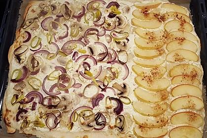 Flammkuchen Elsässer Art, süß oder herzhaft 6