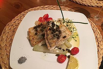 Gebratener Zander auf Kohlrabi mit Schnittlauch - Vinaigrette und frittierten Kapern 5