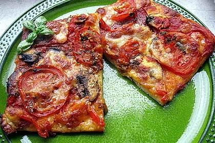 Pizza Salami mit Knoblauch 10