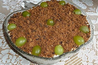 Schichtdessert mit Weintrauben 31
