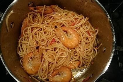 Spaghetti mit Garnelen 22
