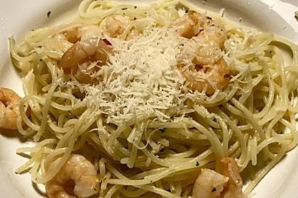 Spaghetti mit Garnelen 37