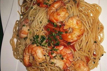 Spaghetti mit Garnelen 25