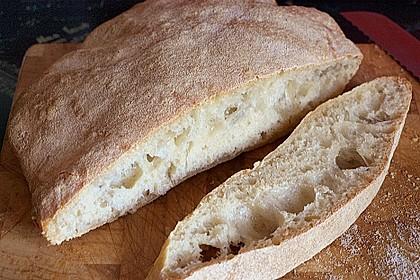 Ciabatta (1 großes od. 2 kleine Brote) 12