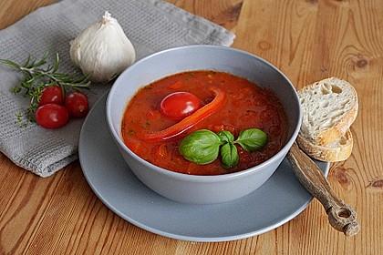 Einfache Paprika-Tomatensuppe