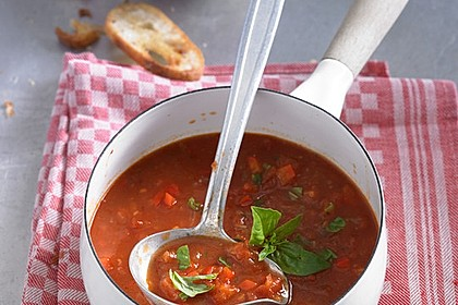 Einfache Paprika-Tomatensuppe 1