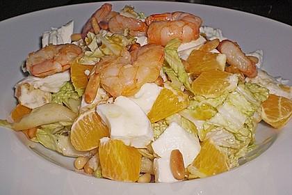 Rucola - Salat mit Orangenfilets, Büffelmozzarella und Scampi 1