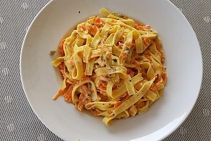 Möhren - Spaghetti mit kerniger Soße