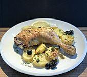 Hähnchenkeulen mit Kapern und Oliven (Bild)