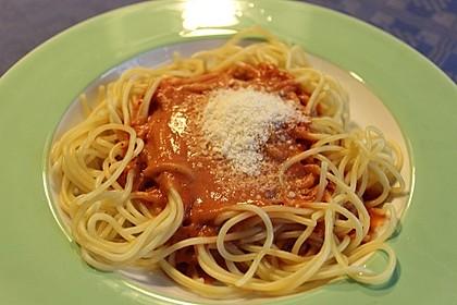 Spaghetti mit italienischer Tomatensauce