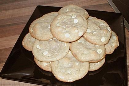 White Chocolate Macadamia Cookies 4
