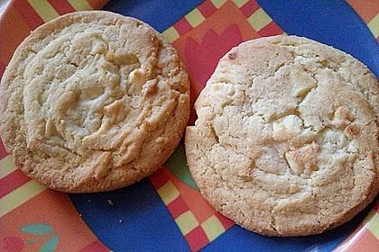 White Chocolate Macadamia Cookies 2