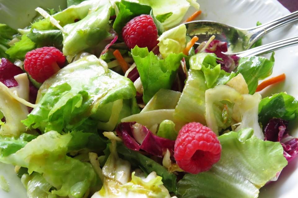 Himbeeressig Dressing Zu Blattsalaten Und Käse Von Dahooky Chefkoch