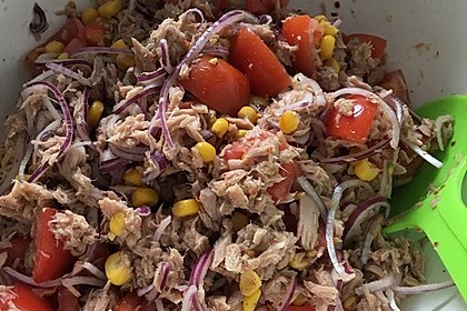 Illes leichter und leckerer Thunfisch - Tomaten - Salat 21