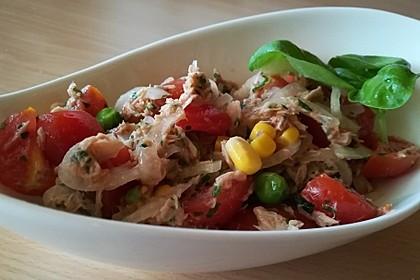 Illes leichter und leckerer Thunfisch - Tomaten - Salat 7