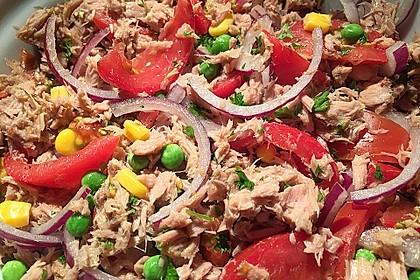 Illes leichter und leckerer Thunfisch - Tomaten - Salat 4