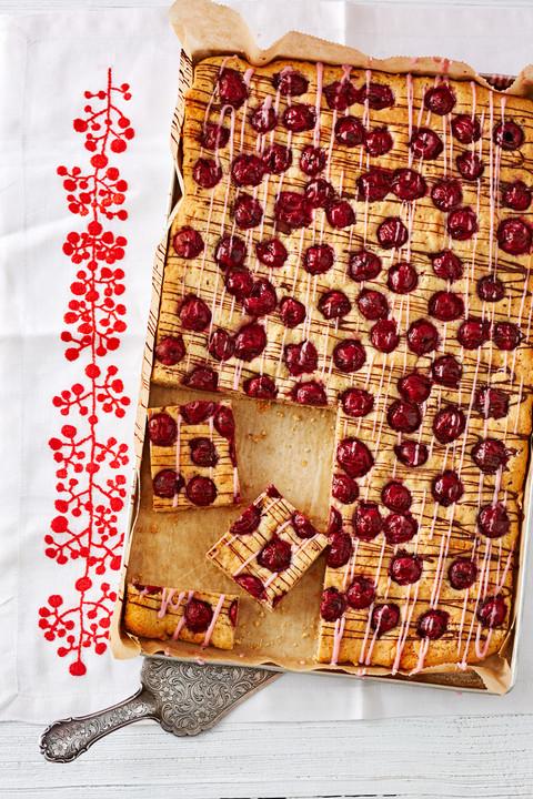 Schneller Kirsch Nuss Kuchen Von Schokoladenfrau Chefkoch De