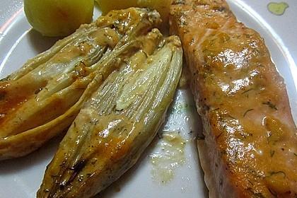 Chicorée-Auflauf mit Lachs (Bild)