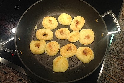 Kartoffelknödel geröstet mit 'Zugabe' 2