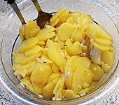 Kartoffelsalat schwäbische Art (Bild)