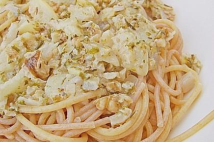 Pasta mit Birnen-Walnusssauce 5