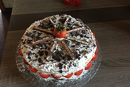 Yogurette-Torte 155