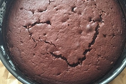 Kleiner schokoladiger Schokokuchen mit Schmand 4
