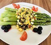 Spargel mit Tomaten - Vinaigrette und Ei (Bild)