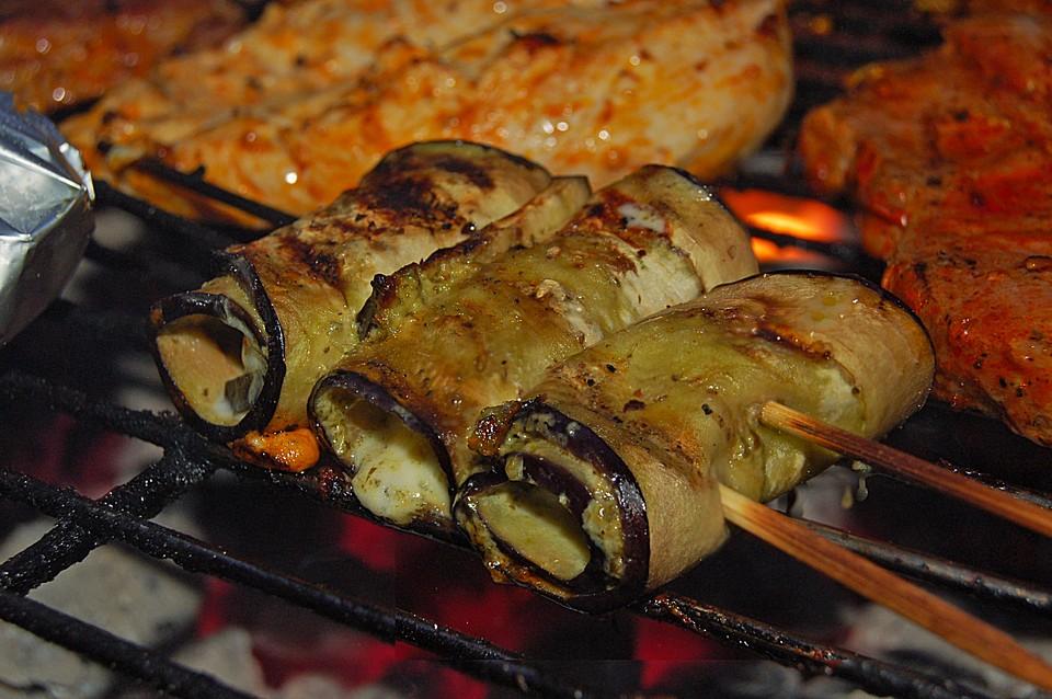 auberginenröllchen zum grillen von chaos-silke | chefkoch