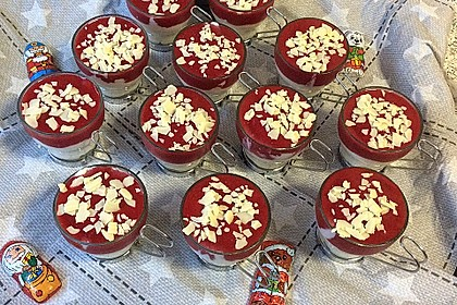 Spaghetti-Eis Dessert 72